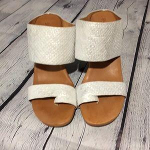 Kenneth Cole Gentle Souls Ivory Wedge heel sandals